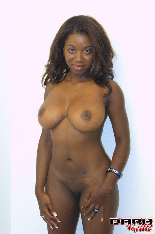 Hot ebony pussy show